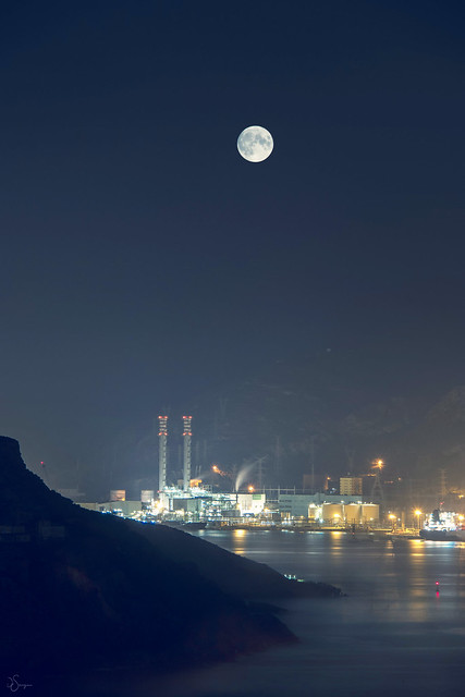 Night industry