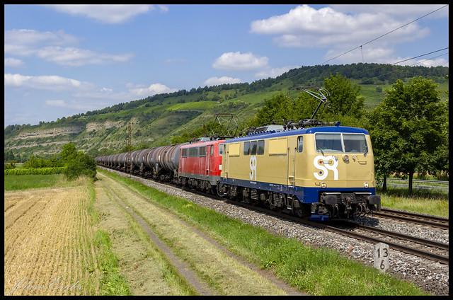 [Thüngersheim, Mainau] SmartRail 111 223 en GfF 111 056 met keteltrein