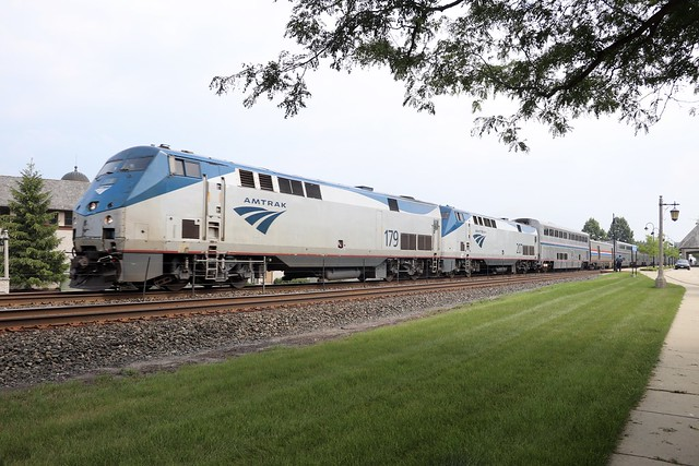 The Empire Builder at Lake Forest