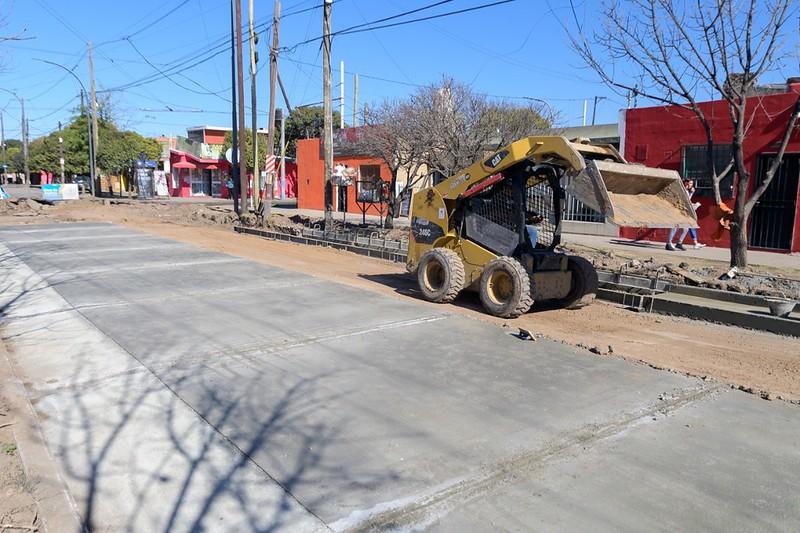 Reconstrucción de 550 metros de la calzada y bocacalles en Mariano Fragueiro