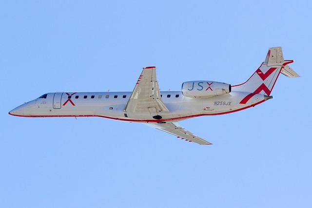 N259JX / JSX Embraer ERJ-135LR / BUR