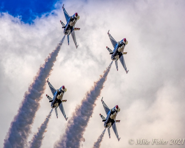 USAF Thunderbirds at 2017 Wings Over Houston