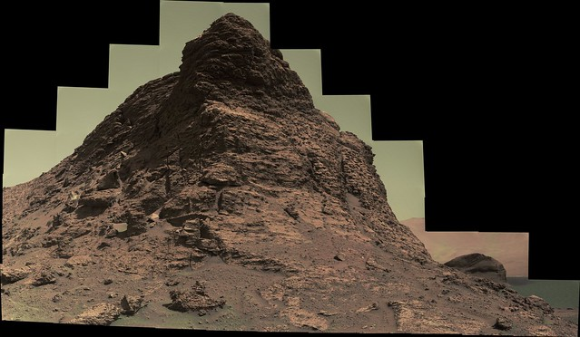 Large Rocky Mound in Gale Crater
