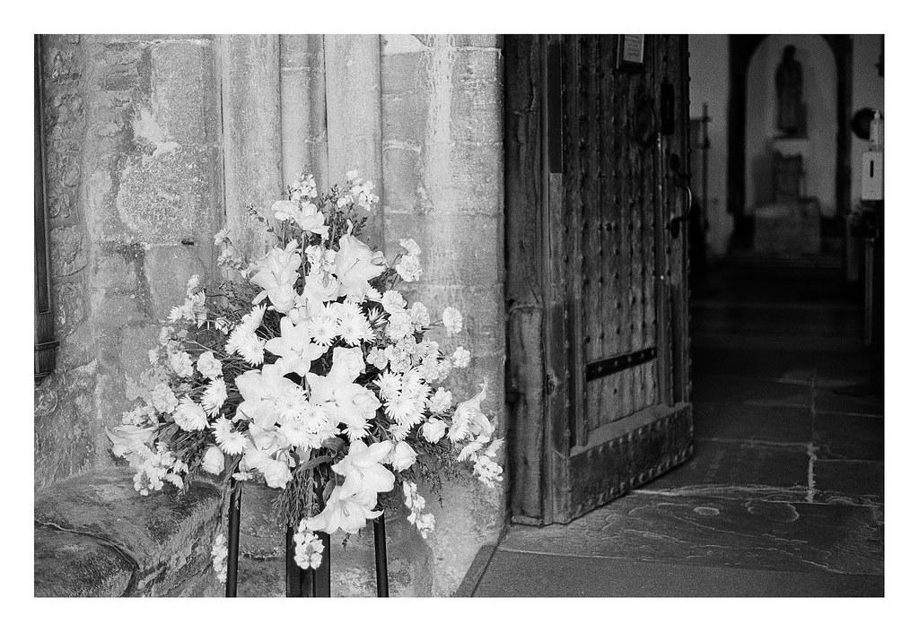 FILM - entering the church
