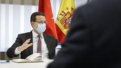 La Comunidad de Madrid presenta a los agentes sociales las principales propuestas en fiscalidad y creación de empleo