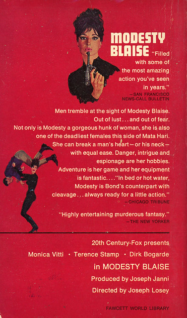 Crest Books R899 - Peter O'Donnell - Modesty Blaise (back)