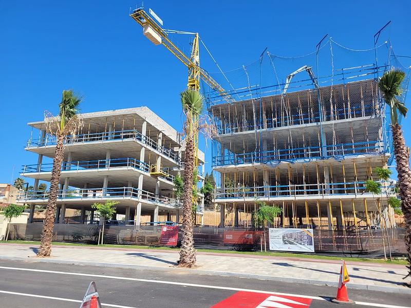 Las dos primeras promociones de vivienda pública de Sitges avanzan a buen ritmo