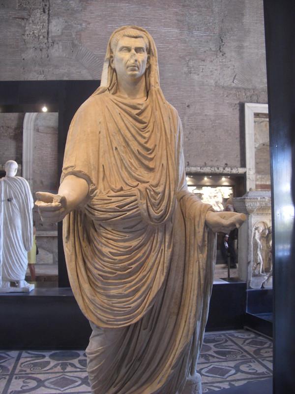 Statue of L. Calpurnius Piso