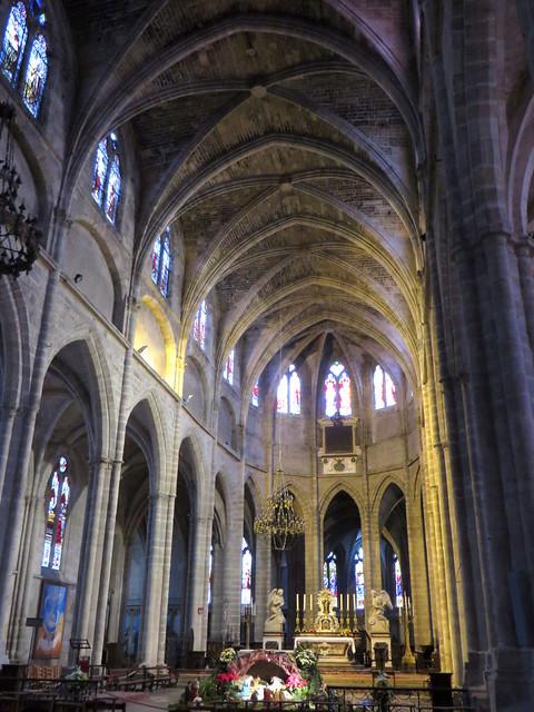 Nef, cathédrale gothique St Jean-Baptiste, XIIIe-XIVe siècles, Bazas, Bazadais, Gironde, Nouvelle-Aquitaine, France.