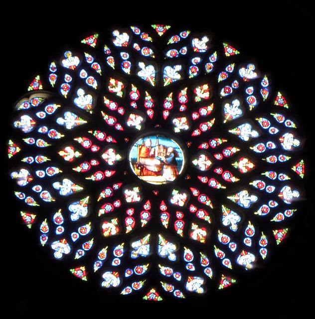 Rosace occidentale XVIe siècle, (vitraux Joseph Villiet, XIXe), , cathédrale gothique St Jean-Baptiste, XIIIe-XIVe siècles, Bazas, Bazadais, Gironde, Nouvelle-Aquitaine, France.