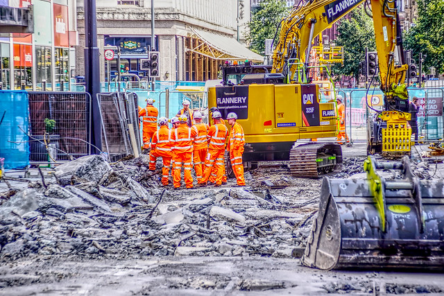 Replacing the Tram Track in Corporation St, at the Team Meeting amid the rubble