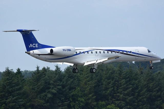 PH-DWA Embraer ERJ-145LI