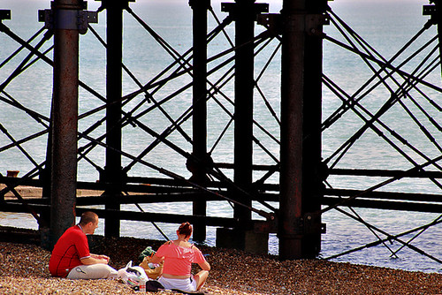 eastbourne sussex southcoast england pier beach breakfast candid alfrescodining ©peterdenton canoneos77d tamron18270mm girders