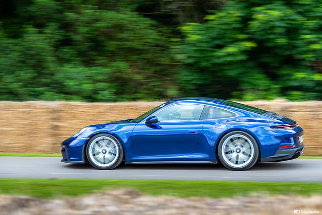 Porsche 992 911 GT3 Touring