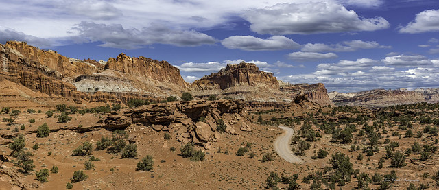Panoramic view looking East toward the Capitol Reef NP from panorama point