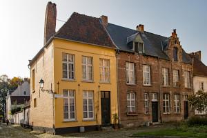 Oud_Kerkhof_nrs_1_2_en_3_in_het_Begijnhof_te_Lier