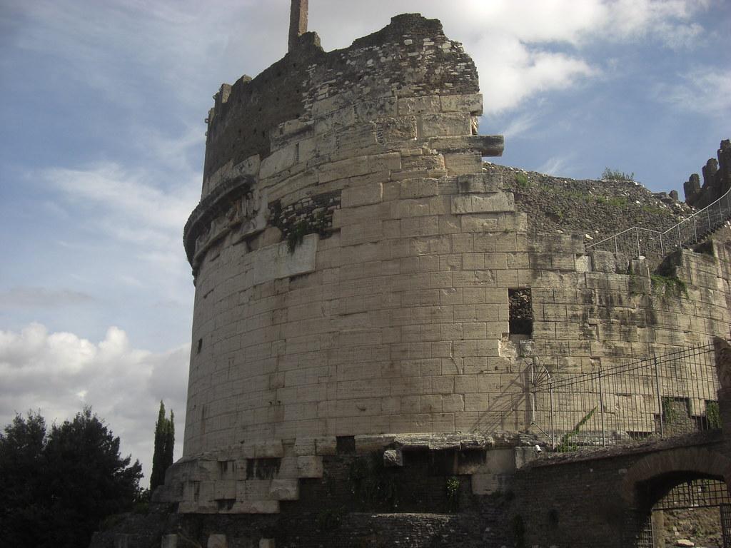 Mausoleum of Caecilia Metella