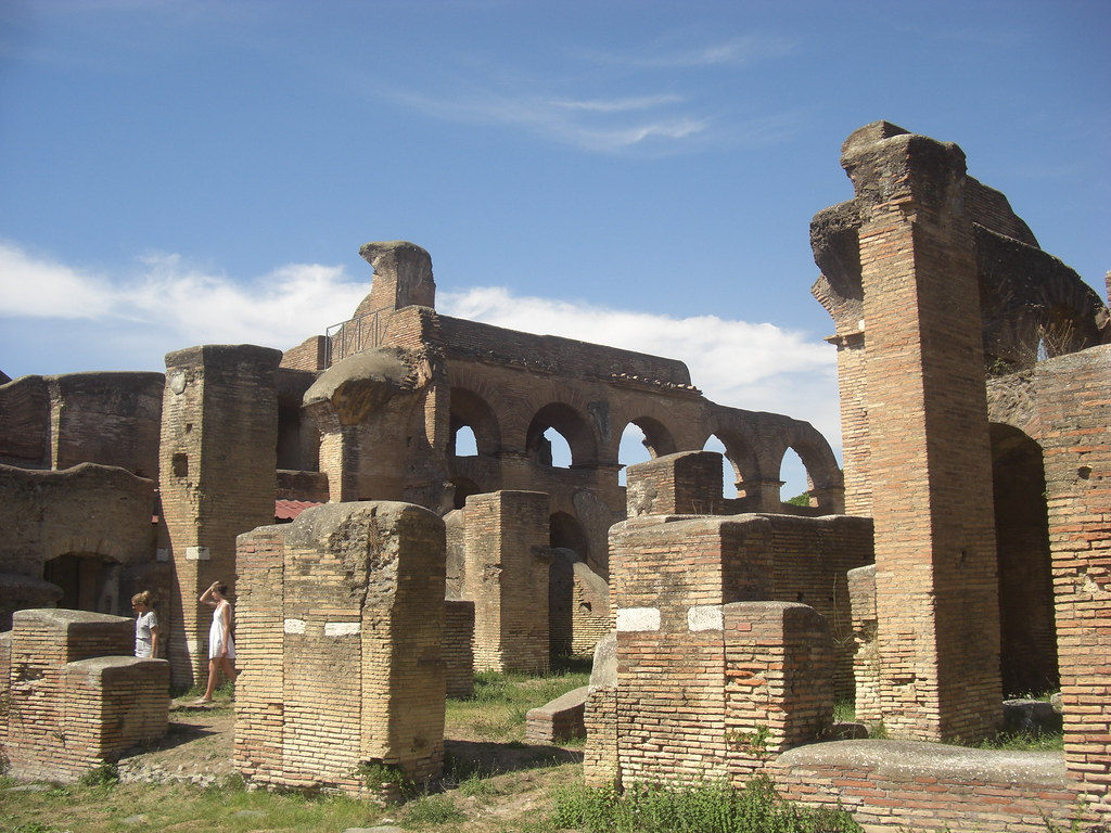 Building of the Charioteer