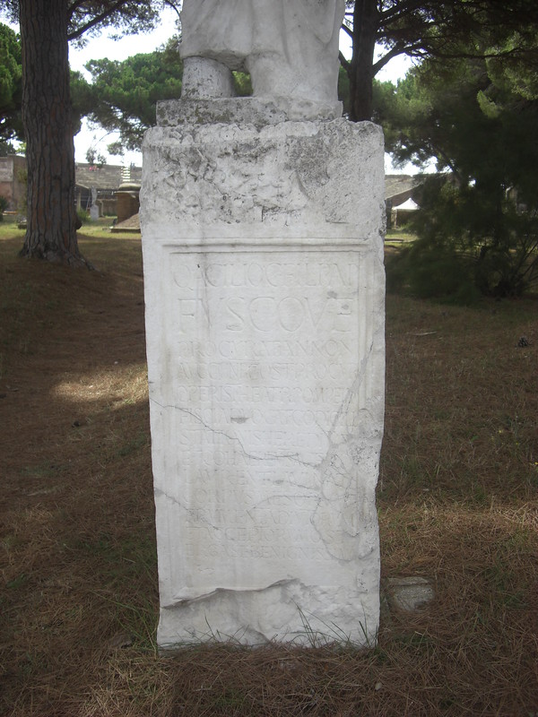 Statue Base of Q. Acilius Fuscus
