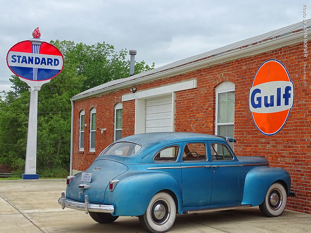 Old Car & Signs in Wetmore, 28 May 2021