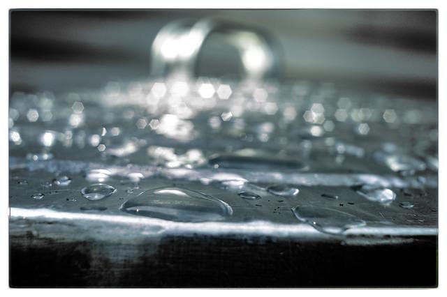 Abstract Rain_DSC_9206