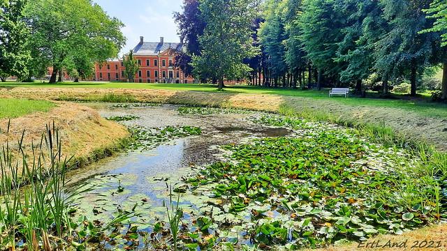 Im Park von Schloss Bothmer
