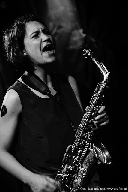 Luise Volkmann: sax