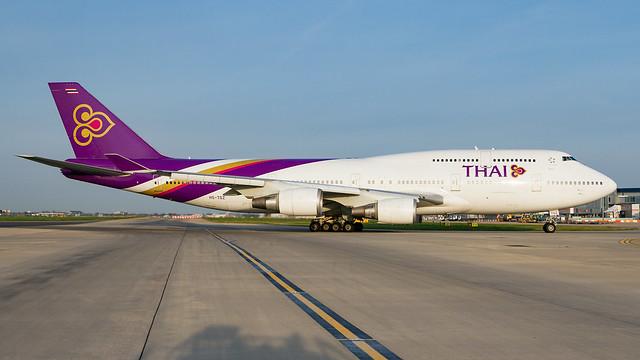 Thai 747-400.