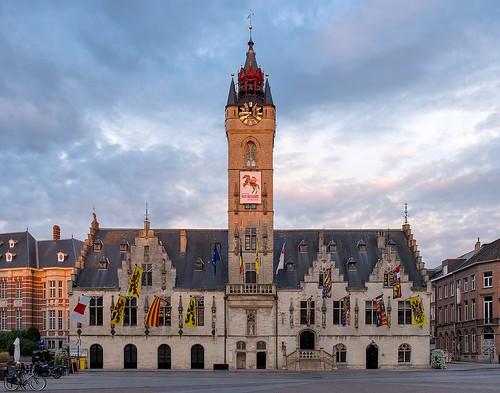 Dendermonde town hall