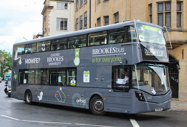 Oxford Bus Company 372 - OX68 OBU (11X Oxford, High Street) 27-07-2021 (1)