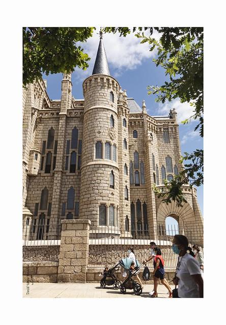Palacio Episcopal de Astorga (León)