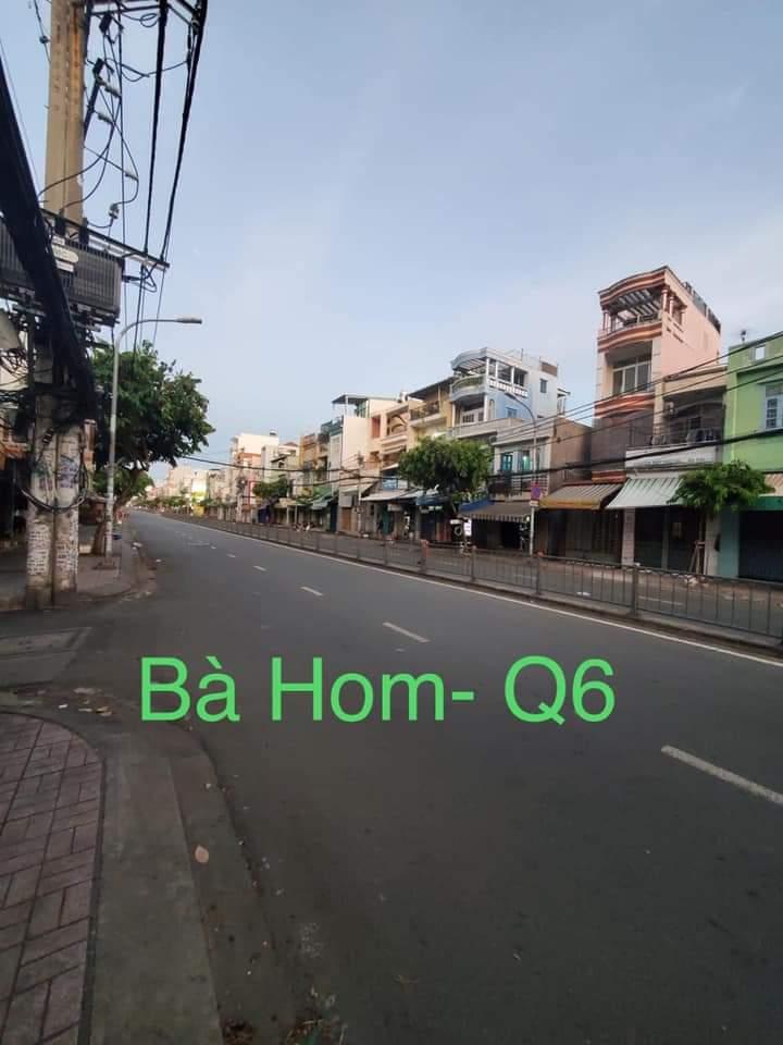Saigon under lockdown--Ba Hom in District 6