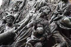 Monumento a los sitios de Zaragoza