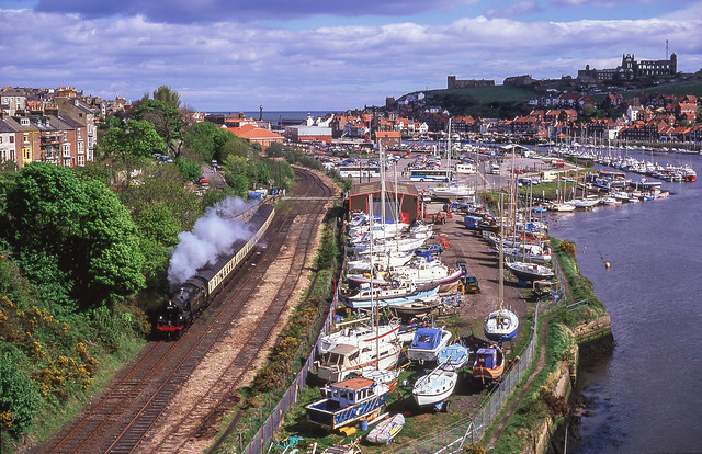 80135 At Whitby. 05/05/2003.