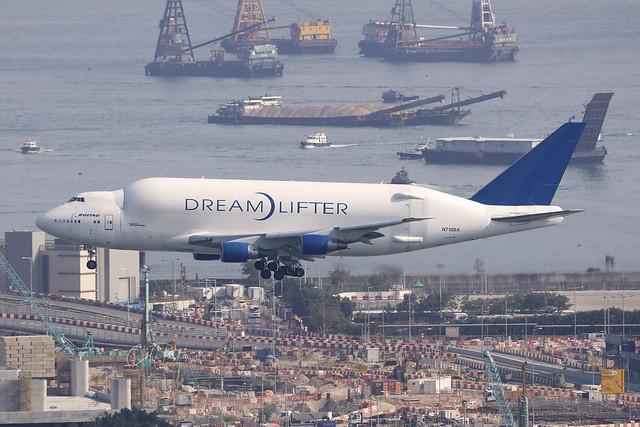 N718BA, Boeing 747-400LCF Dreamlifter, Hong Kong