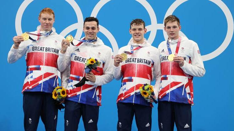 Tom Dean, James Guy, Matt Richards and Duncan Scott with their gold medals