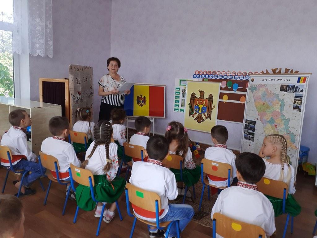 20-27.07.2021 Activități de educație civică organizate de Oficiile Teritoriale de Informare ale Parlamentului în ajunul Zilei Constituției