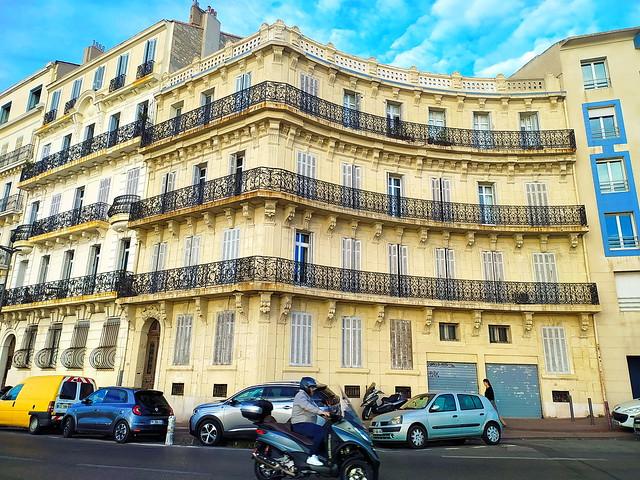 325 - Marseille en Juin 2021 - sur la Corniche
