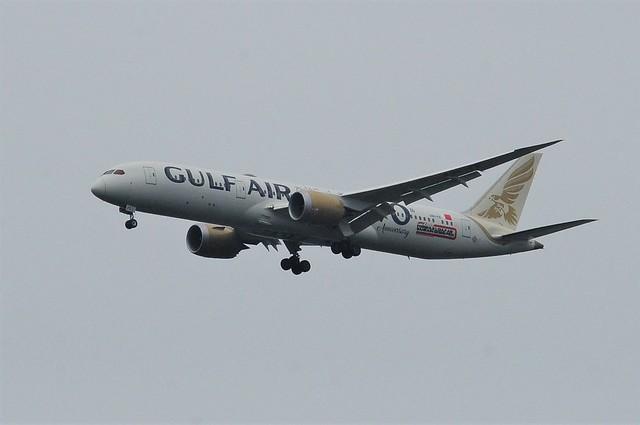 Gulf Air Boeing 787 Dreamliner A9C-FE 70th Anniversary & Formula 1 Grand Prix Livery