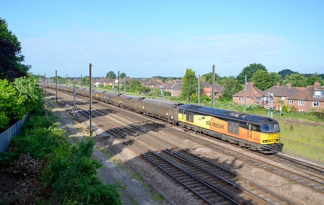 60076 passes York Holegate working 6N45 Drax PS - Tyne Dock