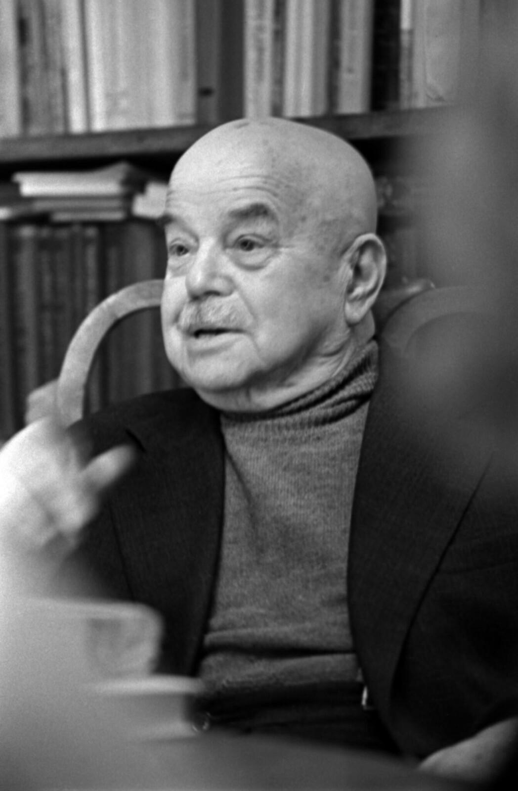 1975. Виктор Шкловский