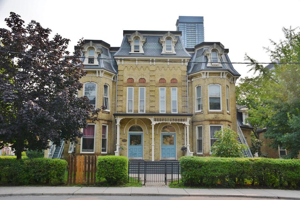 145-147 Beverley Street, Toronto, ON