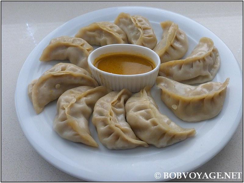 צ'יקן מומו – Steam Chicken MoMo (30 ₪) מ- Gorkha Kitchen