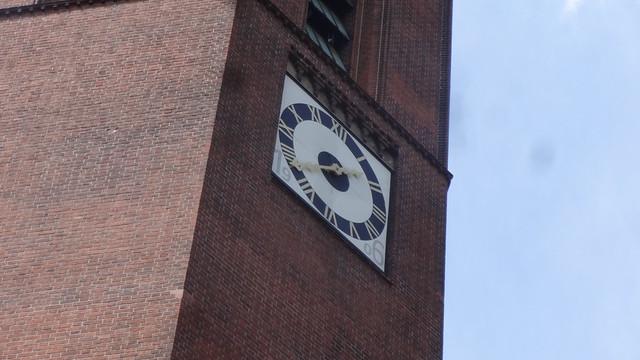 1905/06 Berlin Uhr evangelische Heilige-Geist-Kirche von August Dinklage/Ernst Paulus Birkenstraße 60 in 10559 Moabit