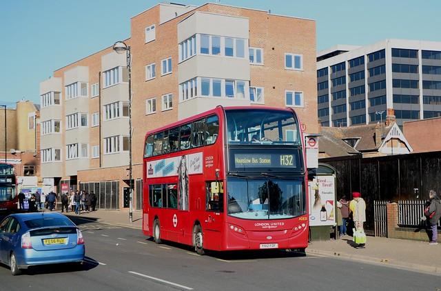 RATP London United - ADE40421 - YX12FOF