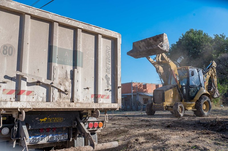 Retiran más de 113 toneladas de residuos en Barrio Parque Liceo 1° Sección (4)