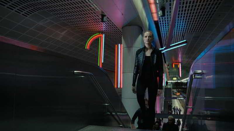 Dolores in LA Subway
