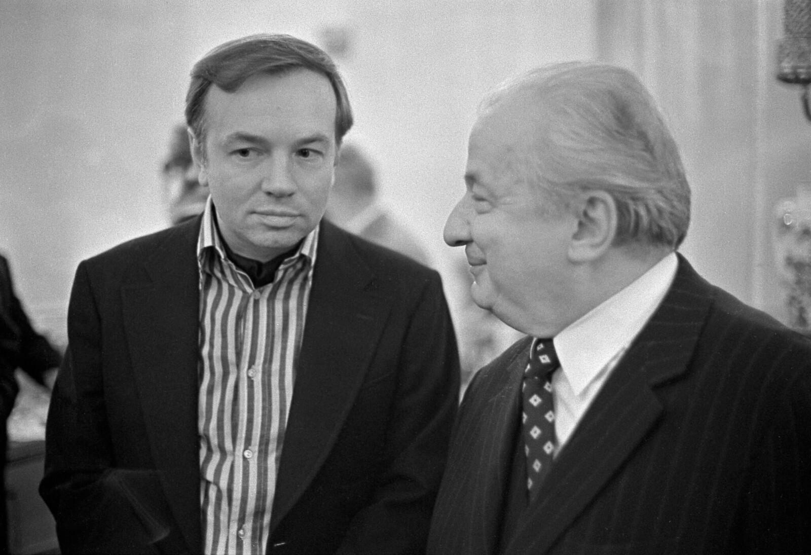 1975. Андрей Вознесенский и Ираклий Андроников