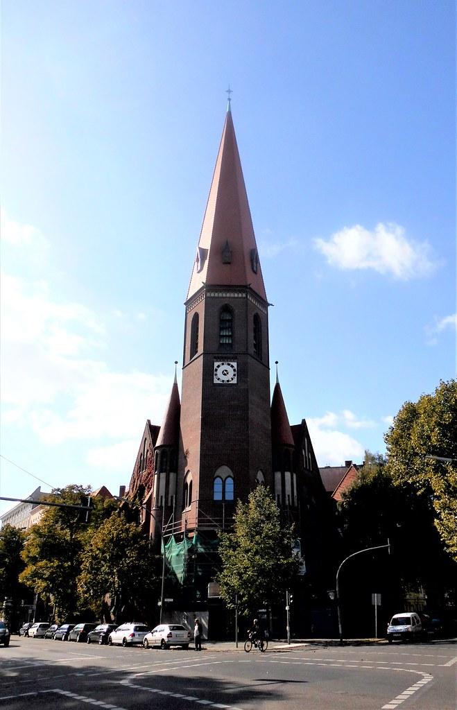1905/06 Berlin neogotische evangelische Heilige-Geist-Kirche 78mH von August Dinklage/Ernst Paulus Perleberger Straße/Birkenstraße 60 in 10559 Moabit