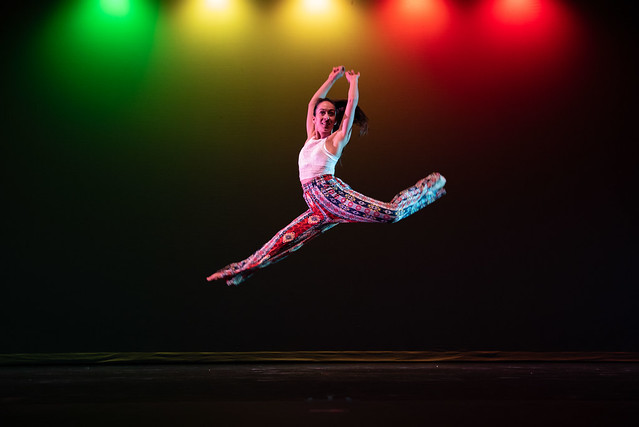 Moe-tion Dance Theater